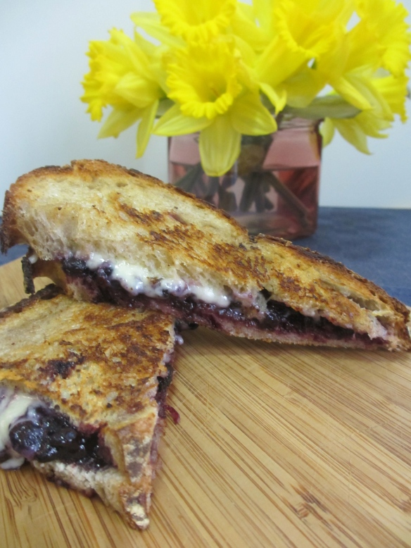 Jam-Stuffed Grilled Cheese by somethingwewhippedup.com