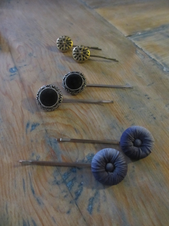 Vintage Button Hairpins by somethingwewhippedup.com
