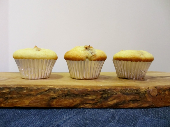 Orange-Fig Mini Muffins by somethingwewhippedup.com