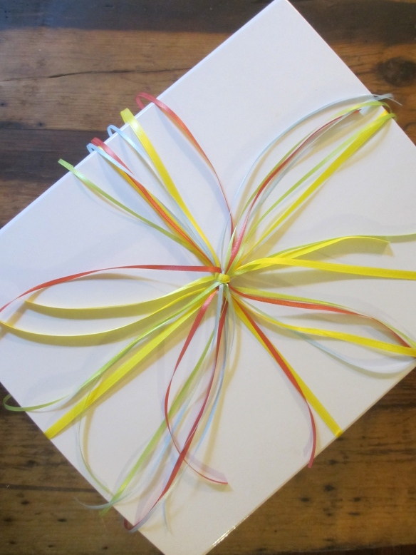 Smoosh-Proof Cascading Ribbon Gift Bow by somethingwewhippedup.com