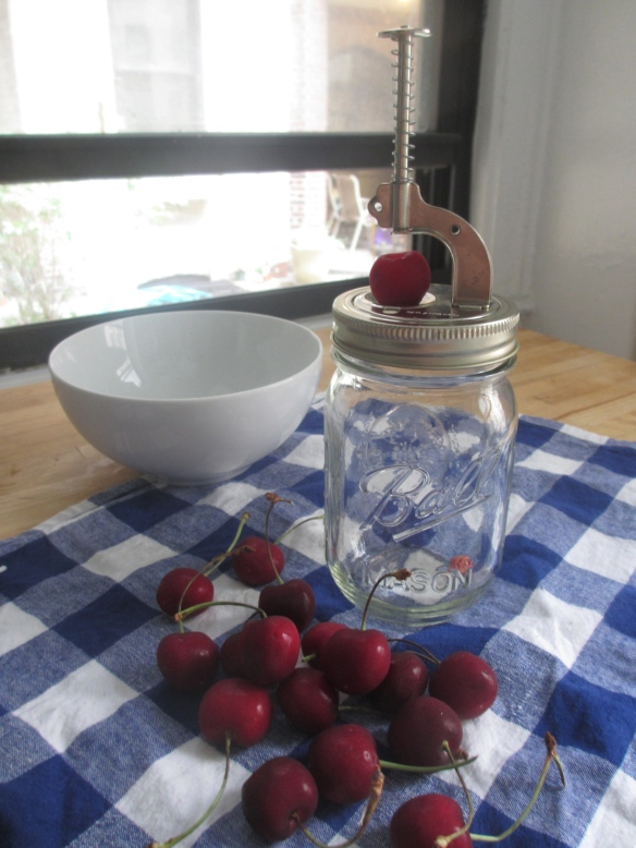 Mason Jar Cherry Pitter by somethingwewhippedup.com